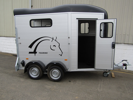 Cheval Touring One Horse Trailer - Berkshire County Trailers
